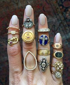 Mixing and matching. ✨ Some of these #rings are available, some are sold, some are part of Samantha's #personalcollection - please DM us if you'd like more info on a piece! #vintagejewelry #antiquejewelry #showmeyourrings #samanthaknightjewelry #vintagering #antiquering