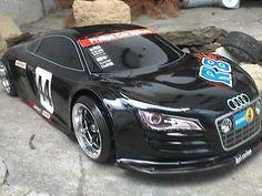 RC-Karosse-1-10-Audi-R8-schwarz-Tamiya-HPI