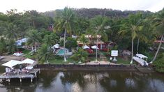 Featuring air-conditioned chalets and a pool by the garden Paradiso Tropical sits by Manguaba Lagoon in Marechal Deodoro. Paradiso Tropical Praia do Frances Brazil R:Alagoas hotel Hotels Brazil, Tropical, France, Garden, Hotels, Chalets, Garten, Lawn And Garden, Gardens