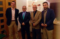 José Peñín destaca la calidad de los vinos de Rueda Cosecha 2014 https://www.vinetur.com/2014112617503/jose-penin-destaca-la-calidad-de-los-vinos-de-rueda-cosecha-2014.html