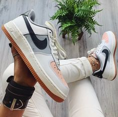 nike shoes Nike ID custom air force 1 sneakers New with box, without lid Zapatillas Nike Air Force, Zapatillas Adidas Superstar, Tenis Nike Air, Moda Sneakers, Sneakers Mode, Sneakers Fashion, Nike Sneakers, Nike Id, Nike Shoes Air Force