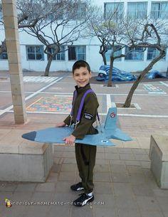A cool F-16 costume