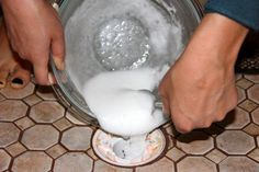 Unclog a Drain: 1 cup salt, cup vinegar, 1 cup baking soda, gallon boiling water. On the bathroom sink drain, I added more like 1 cup vinegar. Cleared the drain better than the products I had purchased at the store. Household Cleaning Tips, Cleaning Recipes, House Cleaning Tips, Cleaning Hacks, Cleaning Tubs, Cleaning Supplies, Household Cleaners, Diy Cleaners, Cleaners Homemade