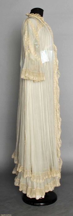Silk & Lace Peignoir, C. 1912, Augusta Auctions, April 9, 2014 - NYC, Lot 68