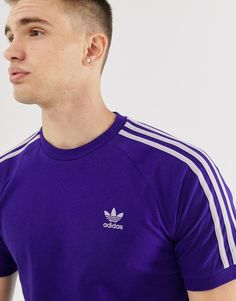 Buy adidas Originals 3 stripe t-shirt in purple at ASOS. With free delivery and return options (Ts&Cs apply), online shopping has never been so easy. Get the latest trends with ASOS now. Adidas Retro, Purple T Shirts, Adidas Outfit, Adidas Originals, Adidas Jacket, Adidas Clothing, Mens Tops, Jackets, Clothes