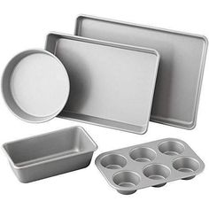 5 Piece Nonstick Bakeware Value Set from Wilton