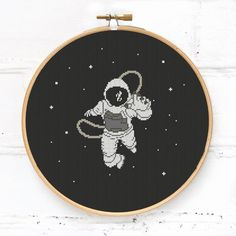Astronaut in the space cross stitch pattern PDF, modern galaxy xstitch chart Easy Cross Stitch Patterns, Cross Stitch Finishing, Simple Cross Stitch, Cross Stitch Designs, Embroidery Hoop Art, Cross Stitch Embroidery, Le Point, Cross Stitching, Couture