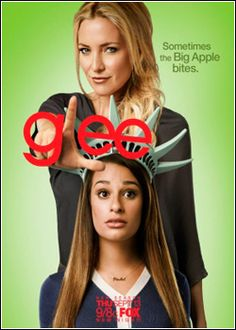 Eu assisto Glee acho muito engraçado e inclusivo.