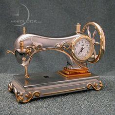 Unusual Clocks (81 pics) sewing machine. cool.