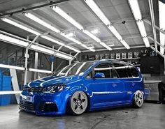 Touran+ Volkswagen Touran, Vans Style, Car Pictures, Muscle Cars, Bike, Vehicles, Golf, Image, Sport
