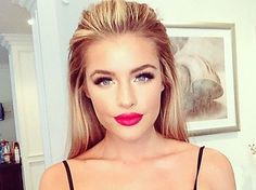 26 Make-Up Artist Tricks You've NEVER Heard Before