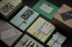 Beautiful gifts with tags by bastisRIKE | GESCHENKANHAENGER // GIFT TAGS | buy them here: https://www.etsy.com/shop/bastisRIKE?section_id=6479068