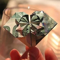 Creative Cash Gift Ideas links to money origami sites