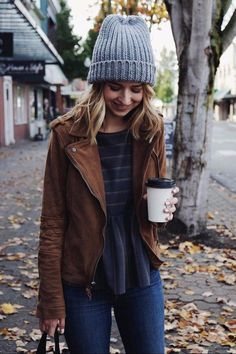 Winter outfits women, fall outfits, hiking outfits, ladies outfits, cold we Winter Mode Outfits, Winter Fashion Outfits, Look Fashion, Autumn Winter Fashion, Trendy Fashion, Fall Outfits, Womens Fashion, Ladies Outfits, Fall Fashion