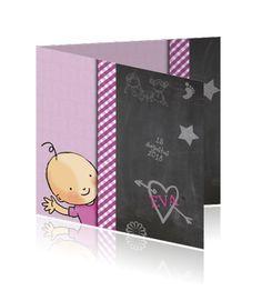 Geboortekaart meisjes met paarskleurig behang en tekeningen krijtbord