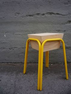 Pira Stool doesn't look very comfortable but I love the look and the design (by Danilo Calvache via Behance)
