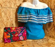Blusa Campesina Azul, Comprala en korinamexicana.com.mx Envíos a toda la Republica Mexicana.