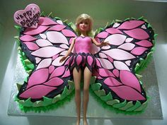 I was looking for ideas for Barbie birthday cakes with a friend of mine and was totally amazed at how many beautiful and creative Barbie cakes are out there. I love the detail on this Barbie cake… Barbie Torte, Bolo Barbie, Barbie Cake, Barbie Doll, Barbie Fairy Cake, Barbie Birthday Cake, Birthday Cake Girls, Birthday Cakes, Fairy Birthday Cake