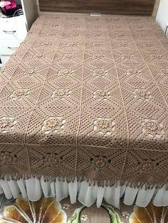 Love Crochet, Crochet Granny, Filet Crochet, Easy Crochet, Crochet Bedspread, Bed Spreads, Bed Sheets, Free Pattern, Diy And Crafts