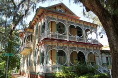 savannah pictures Gingerbread House                                                          ****