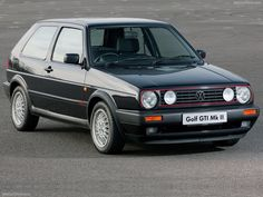 VW Golf GTi MK2 (90's)