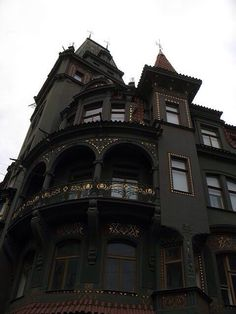 Gothic...my dream home!