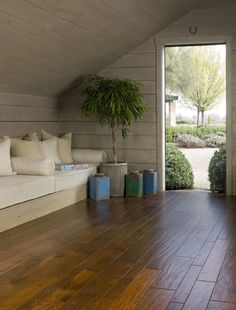 Palmetto Road Reserve Collection (Hickory) - Belle Meade, dual hand-stained hardwood