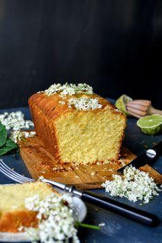 簡単に作れて見た目も可愛いパウンドケーキ。アレンジもしやすいので色々な種類が楽しめること、贈り物にも最適なのもうれしいところ。今回は色々なパウンドケーキをレシピとともにご紹介します!