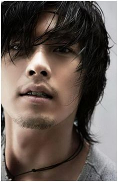 Hyun Bin, Boys Long Hairstyles, Hairstyles For Round Faces, Haircuts For Men, Haircut Men, Cool Hairstyles, Asian Actors, Korean Actors, Korean Men