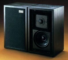 ROGERS LS3/5A Professional Hifi Audio, Audio Speakers, The Absolute Sound, Diy Amplifier, Wall Of Sound, Bookshelf Speakers, Music System, High End Audio, Loudspeaker