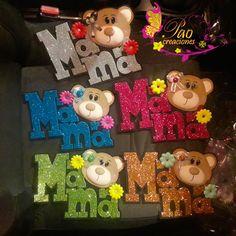 Diy Crafts Hacks, Birthday Crafts, Mayo, Ideas Para, Cake Toppers, Christmas Ornaments, Holiday Decor, Craft, Hand Print Ornament