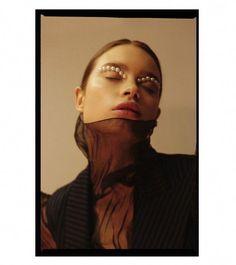 ideas fashion editorial photography portrait makeup for 2019 Film Photography, Editorial Photography, Fashion Photography, Photography Ideas, Portrait Editorial, Tokyo Fashion, Beauty Editorial, Editorial Fashion, Tableaux Vivants