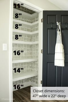 Maximize your storage space by converting a small closet into a pantry with these DIY Floating Corner Shelves. DIY Pantry shelves on a budget. Small Pantry Closet, Small Pantry Organization, Built In Pantry, Pantry Room, Pantry Storage, Pantry Shelves Diy, Pantry Diy, Closet Shelving, Pantry Ideas