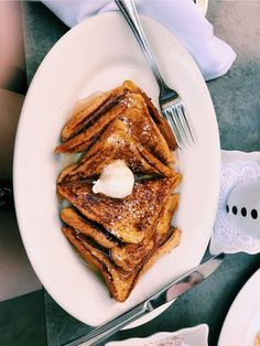 French toast everyday please! I Love Food, Good Food, Yummy Food, Tasty, Breakfast And Brunch, Food Goals, Aesthetic Food, Food Cravings, Baby Food Recipes