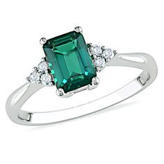 Get people talking with this gorgeous 10k white gold diamond emerald ring from Ben Moss! It is vibrant and elegant and a definite must have! #ring #emerald #diamond #benmoss