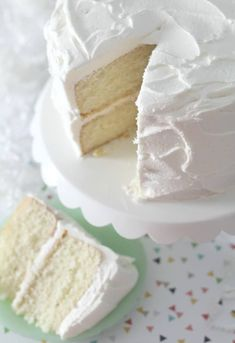 My favorite vanilla bean cake. A scratch cake that is moist, full vanilla bean flavor, rich and buttery with a hint of almond flavor. #cake #vanillacake #moistcake #cakerecipe