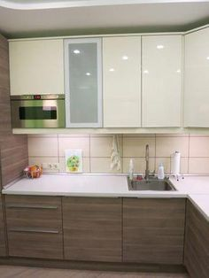 ideas for kitchen decor glam cabinets Moduler Kitchen, Kitchen Cabinet Design, Kitchen Layout, Home Decor Kitchen, Kitchen Flooring, Rustic Kitchen, Interior Design Kitchen, Kitchen Storage, Kitchen Cabinets