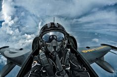 Not uploaded your video yet? Take part in the contest on the Breitling Facebook page and #FlyBreitling2014