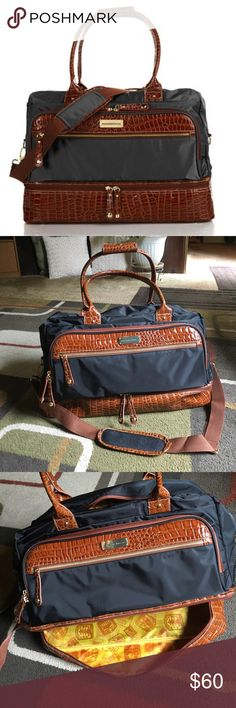 "Samantha Brown weekender bag🌴 NWOT🌴Croco-embossed trim🌴gold tone hardware 🌴drop bottom weekender bag🌴 multiple zip and slip compartments🌴 comes with adjustable shoulder strap🌴bag measures approx W 19.5"" X H 13"" X D 7"" Samantha Brown Bags Travel Bags"