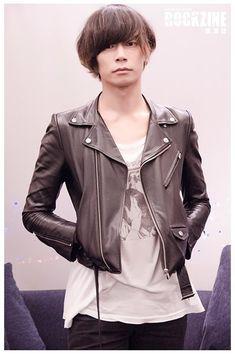 [Alexandros]川上洋平2015/11/23 「ROCKZINE」インタビュー。12/12に二回目台湾ワンマン公演。ROCKZINE雑誌は12/30に発売される。
