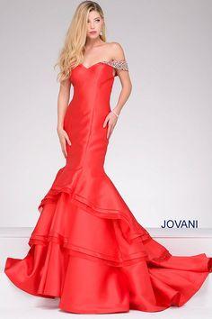 تصميمات مختلفة لفساتين السهرة من جوفانى 2017 Different designs for evening dresses from Jovani2017 Différents modèles de robes de soirée de Jovani 2017
