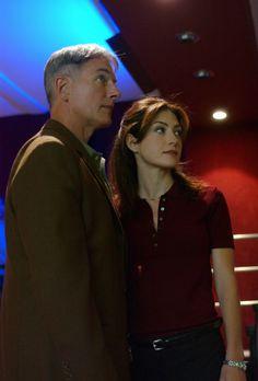 """NCIS - Season 1 Episode 3 - """"Seadog"""""""