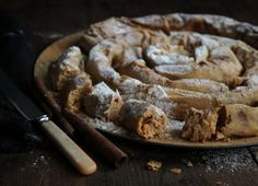 Στριφτή Ταχινόπιτα Sweet Cooking, Sweet Recipes, French Toast, Pie, Favorite Recipes, Sweets, Sugar, Breakfast, Desserts