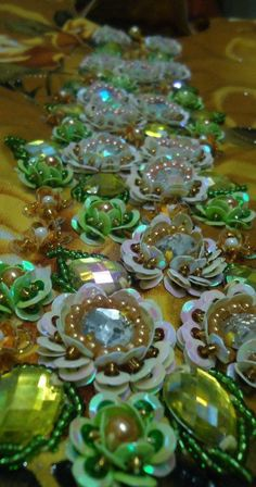 Sequins and beads flowers Tambour Beading, Tambour Embroidery, Couture Embroidery, Embroidery Fashion, Embroidery Jewelry, Beaded Embroidery, Embroidery Stitches, Hand Embroidery, Embroidery Designs