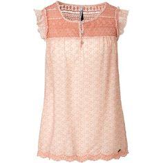 Süßes rosa Top von Pepe Jeans. Das Top mit Rüschen hat schöne Häkeldetails und sorgt für einen romantischen Look. Dieses Top kann man gut mit einer schlichten Jeans kombinieren.