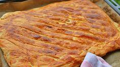 Îçi Kat kat tel tel ayrilan nefisss sivas katmeri Mo S, Turkish Recipes, World Recipes, Bread Baking, Food Videos, Recipe Videos, Iftar, Bacon, Bakery