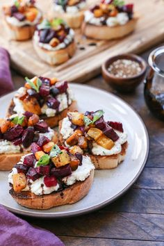 Roasted Beet Herbed Vegan Ricotta Crostini - this delicious and nutritious appetizer is plant-based and dairy-free! Roasted Beet Herbed Vegan Ricotta Crostini - this delicious and nutritious appetizer is plant-based and dairy-free! Gluten Free Lasagna, Gluten Free Meal Plan, Healthy Appetizers, Appetizer Recipes, Sandwich Recipes, Recipes Dinner, Breakfast Recipes, Dessert Recipes, Crockpot Recipes