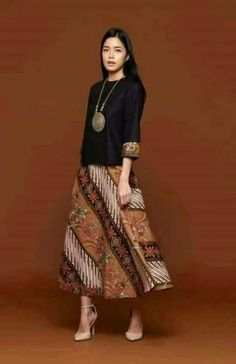 37 Ideas dress simple batik for 2019 Kulot Batik, Mode Batik, Batik Kebaya, Kebaya Dress, Rok Batik Modern, Blouse Batik Modern, Batik Muslim, Model Dress Batik, Batik Blazer