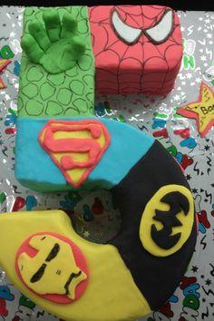 Superhero cake - number 5 cake with 5 superheroes (spiderman, hulk, superman, batman, ironman) Maybe sub Wolverine for Iron Man Superhero Birthday Cake, Superhero Party, Birthday Fun, Birthday Ideas, Birthday Cakes, You Are My Superhero, Number Cakes, Festa Party, Eat Cake