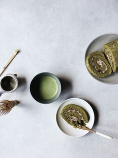Perfect for a Traditional Cup of Matcha LOVIVER Long Handle Matcha Whisk Matcha Tea Set Tea Preparing Accessories